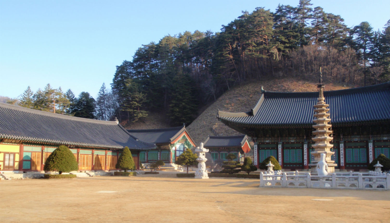 Same old same old: Woljeongsa Temple.