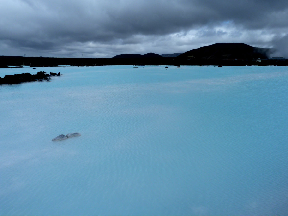 This must be the uncool part of the Blue Lagoon.